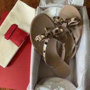 Valentino Garavani Rockstud Pvc Thong Sandals